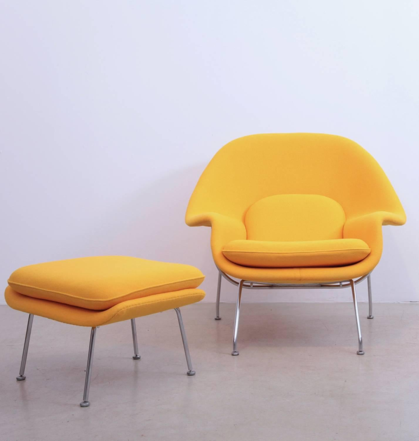 Eero Saarinen Womb Chair With Ottoman By Knoll In New