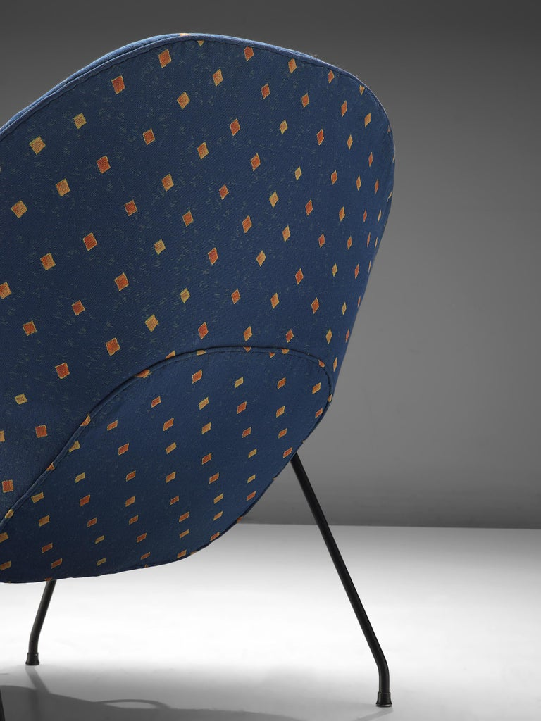 Mid-20th Century Eero Saarinen 'Womb' Chair with Ottoman in Blue Fabric For Sale