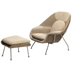 Eero Saarinen 'Womb' Chair with Ottoman in Original Off-White Fabric