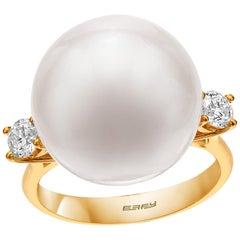 Effy 14 Karat Yellow Gold Diamond and Pearl Ring