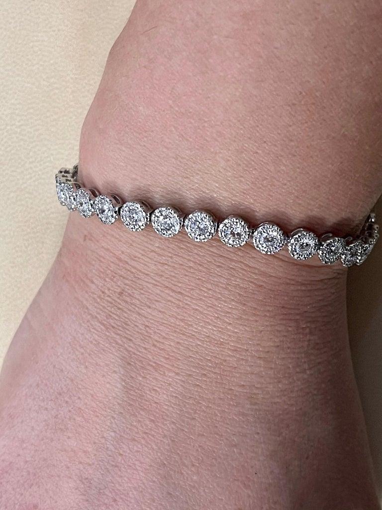 Effy's 5.5 Carat Basel Set Diamond Line Tennis Bracelet in 14 Karat White Gold For Sale 5