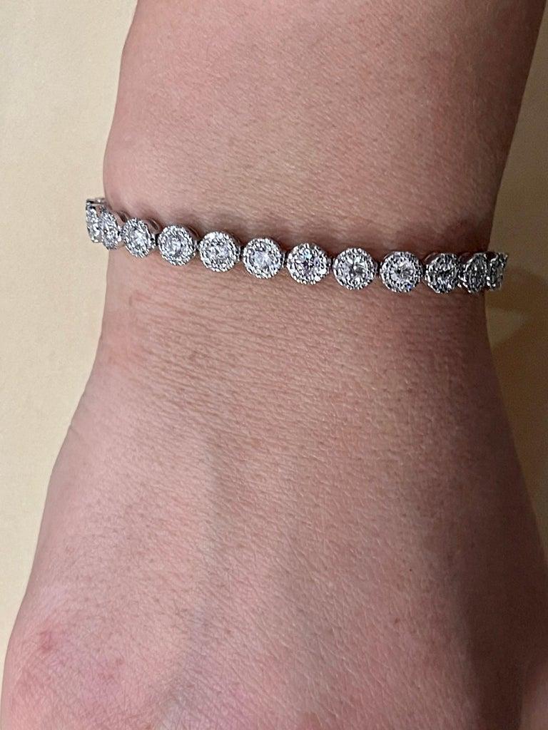 Effy's 5.5 Carat Basel Set Diamond Line Tennis Bracelet in 14 Karat White Gold In New Condition For Sale In Scarsdale, NY