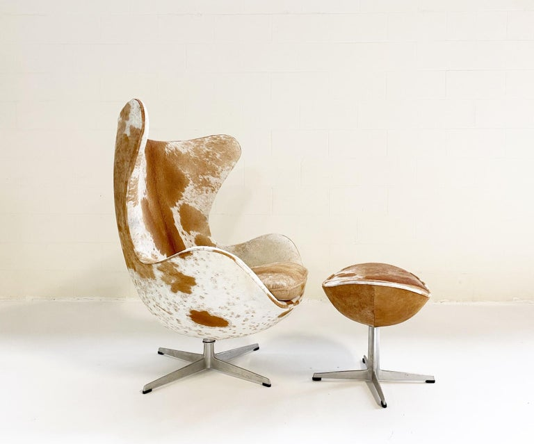 Egg Chair and Ottoman in Brazilian Cowhide For Sale 2
