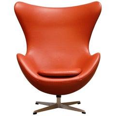 Egg Chair in Burnt Orange Leather, Arne Jacobsen for Fritz Hansen, Signed 1963