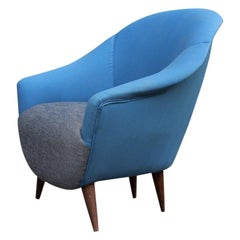 Egg Enveloping Armchair 1950s Midcentury Italian Modern Blue Gray Wood Feet