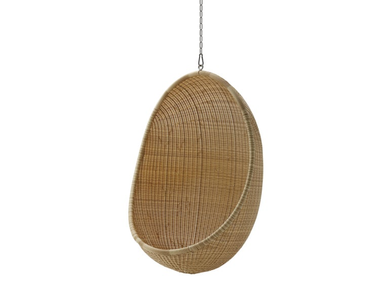 Rattan Egg Hanging Chair by Nanna Ditzel, New Edition