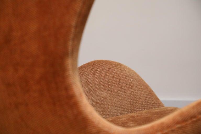 Egg Swivel Chair by Arne Jacobsen for Fritz Hansen, Double Signed, August 1967 For Sale 8