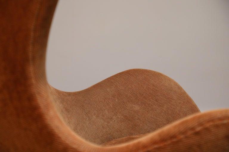 Egg Swivel Chair by Arne Jacobsen for Fritz Hansen, Double Signed, August 1967 For Sale 9
