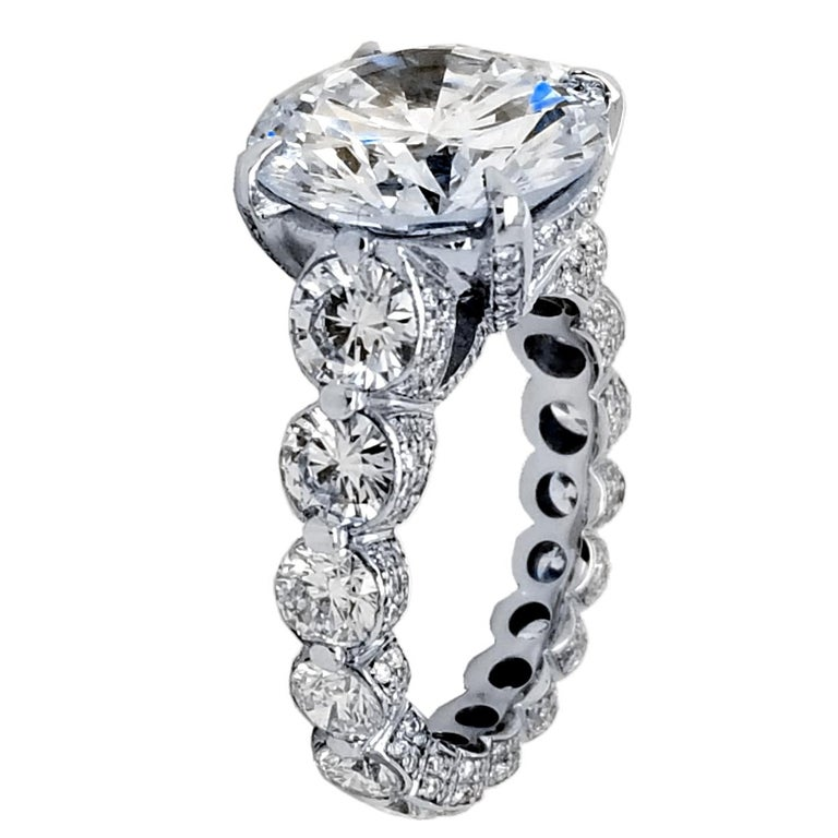 Round Cut EGL 7.01 Ct Round Diamond 18K Shared-Prong Set Eternity Style Engagement Ring For Sale