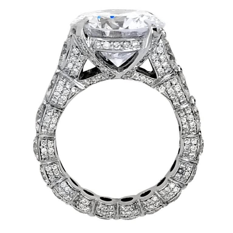 EGL 7.01 Ct Round Diamond 18K Shared-Prong Set Eternity Style Engagement Ring In New Condition For Sale In Los Angeles, CA