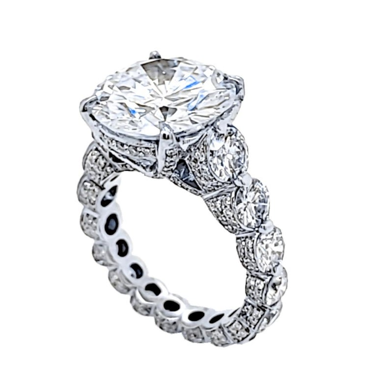 EGL 7.01 Ct Round Diamond 18K Shared-Prong Set Eternity Style Engagement Ring For Sale 1