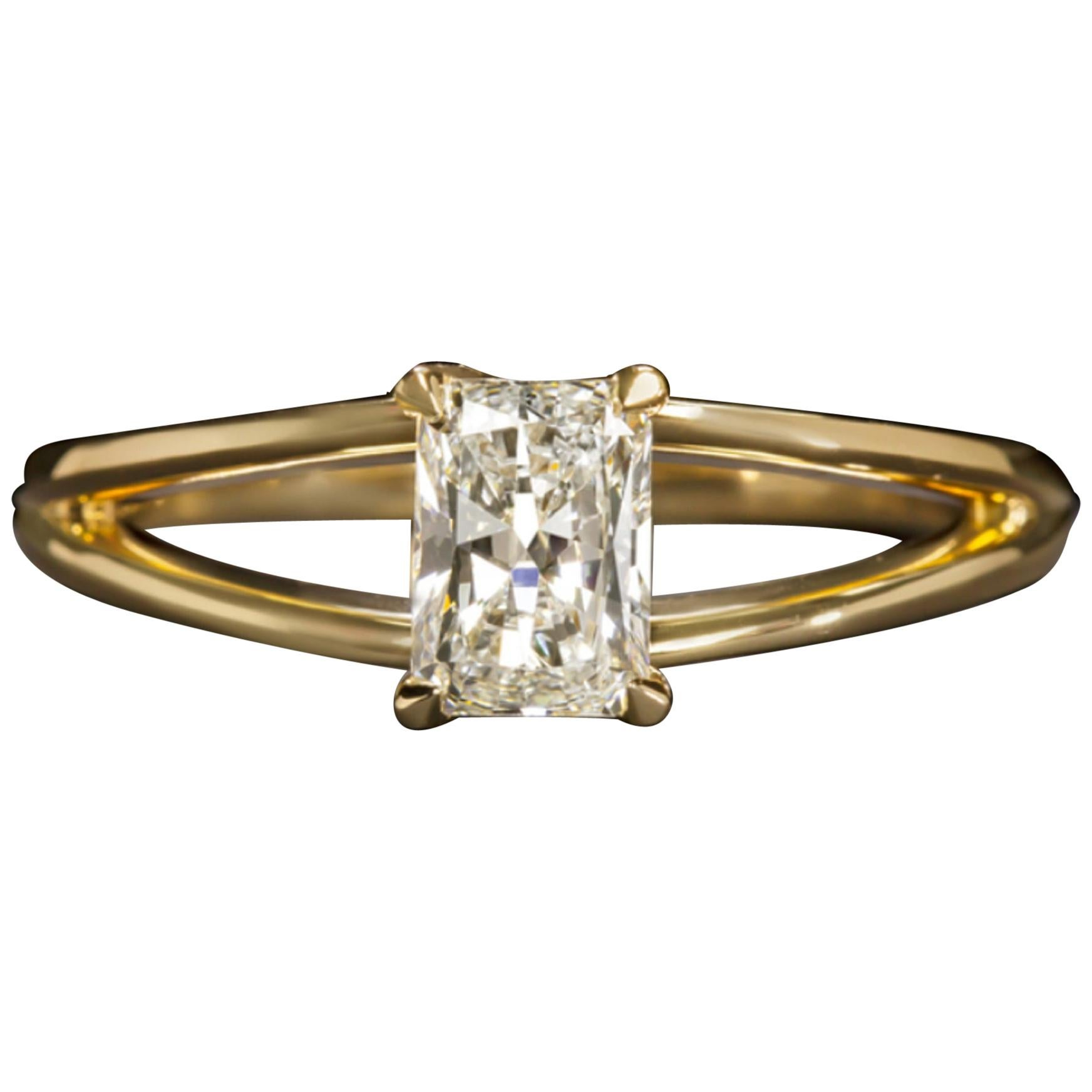 GIA Certified 1 Carat Radiant Cut Ring E Color VS2 Clarity