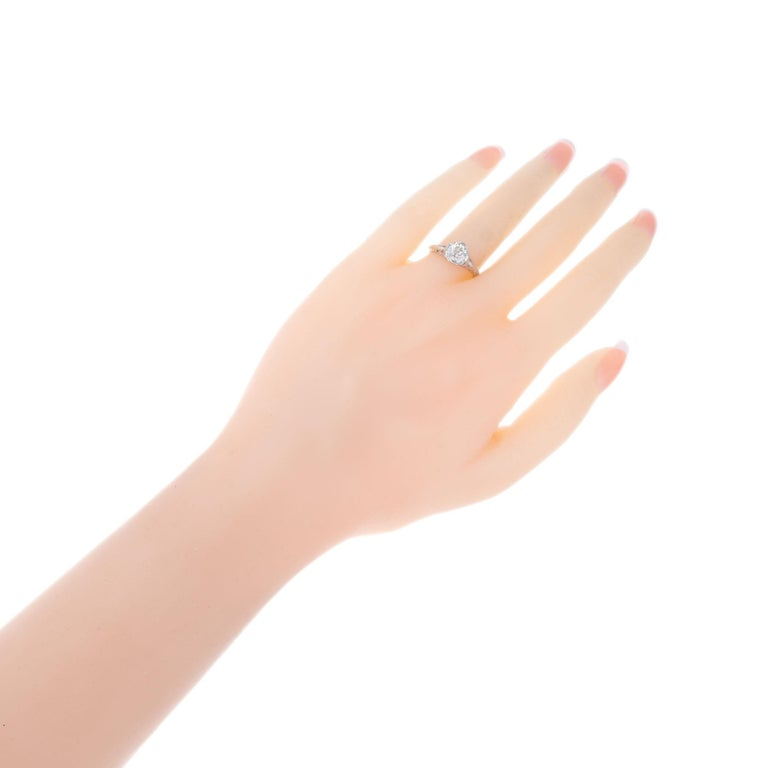 EGL Certified 1.36 Carat Diamond Platinum Art Nouveau Engagement Ring For Sale 1