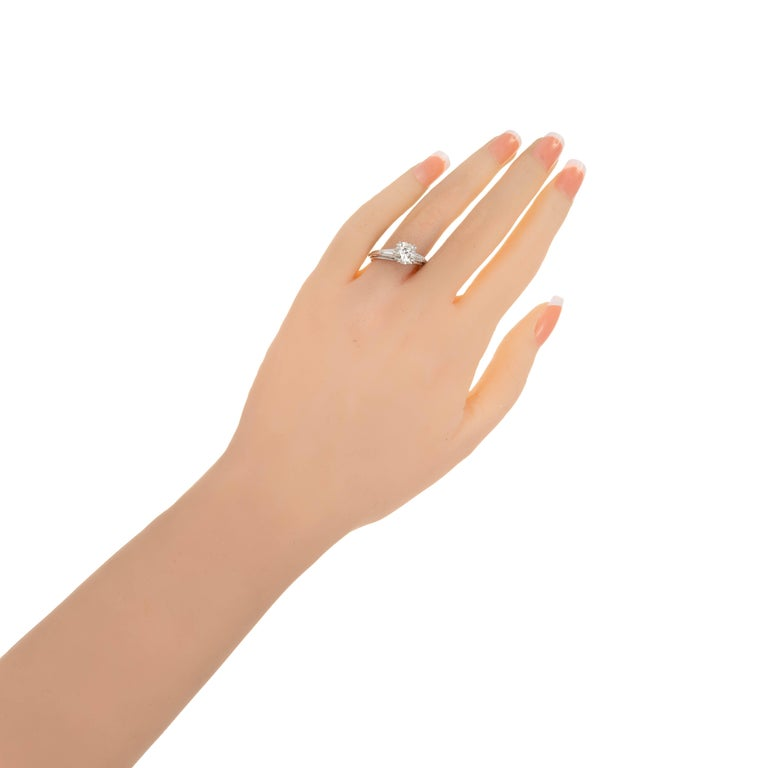 EGL Certified 1.51 Carat Diamond Baguette Gold Three-Stone Engagement Ring In Good Condition For Sale In Stamford, CT