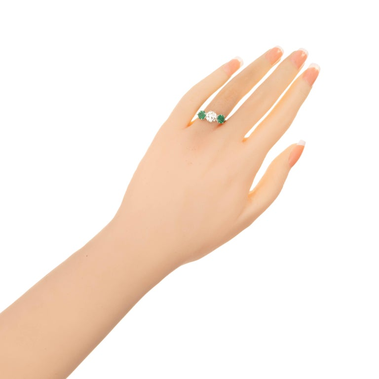 EGL Certified 2.69 Carat Diamond Emerald Art Deco Platinum Engagement Ring In Good Condition For Sale In Stamford, CT
