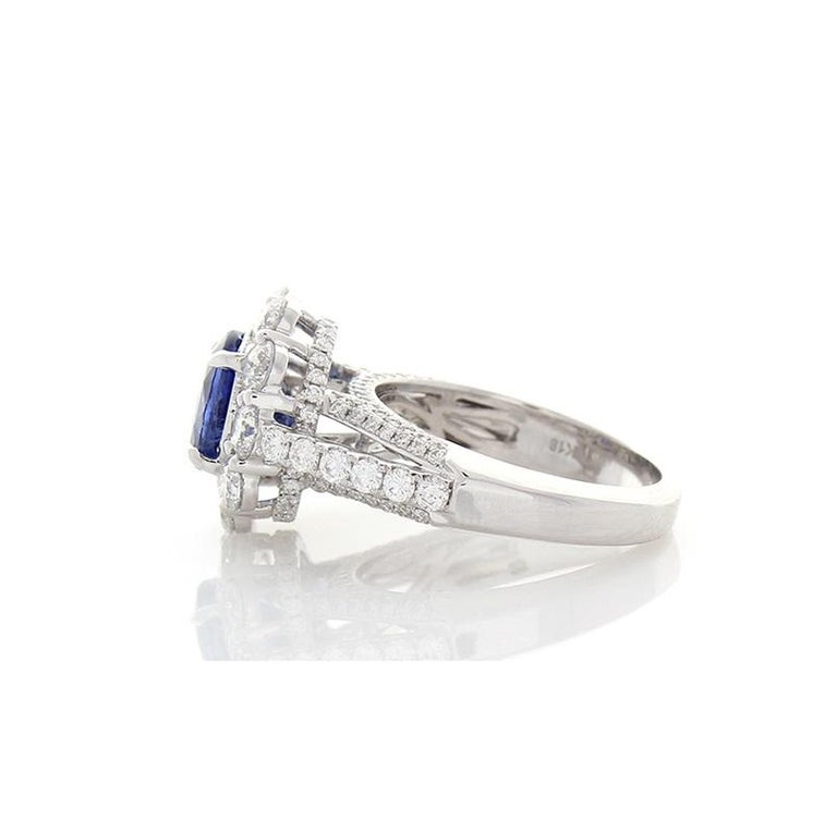 Oval Cut EGL Certified 3.08 Carat Oval Blue Sapphire & Diamond Cocktail Ring In 18K Gold For Sale