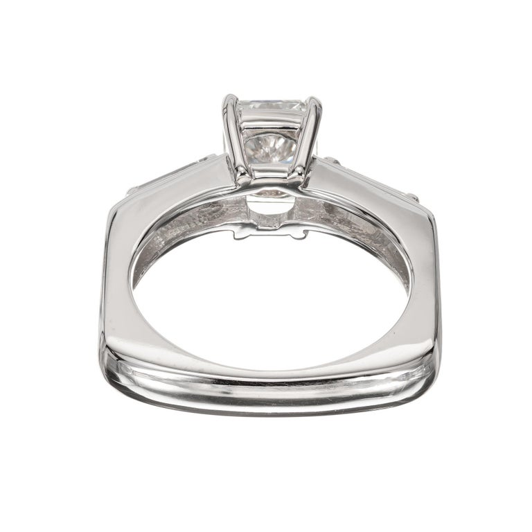 EGL Certified .96 Carat Radiant Cut Diamond Platinum Engagement Ring For Sale 1