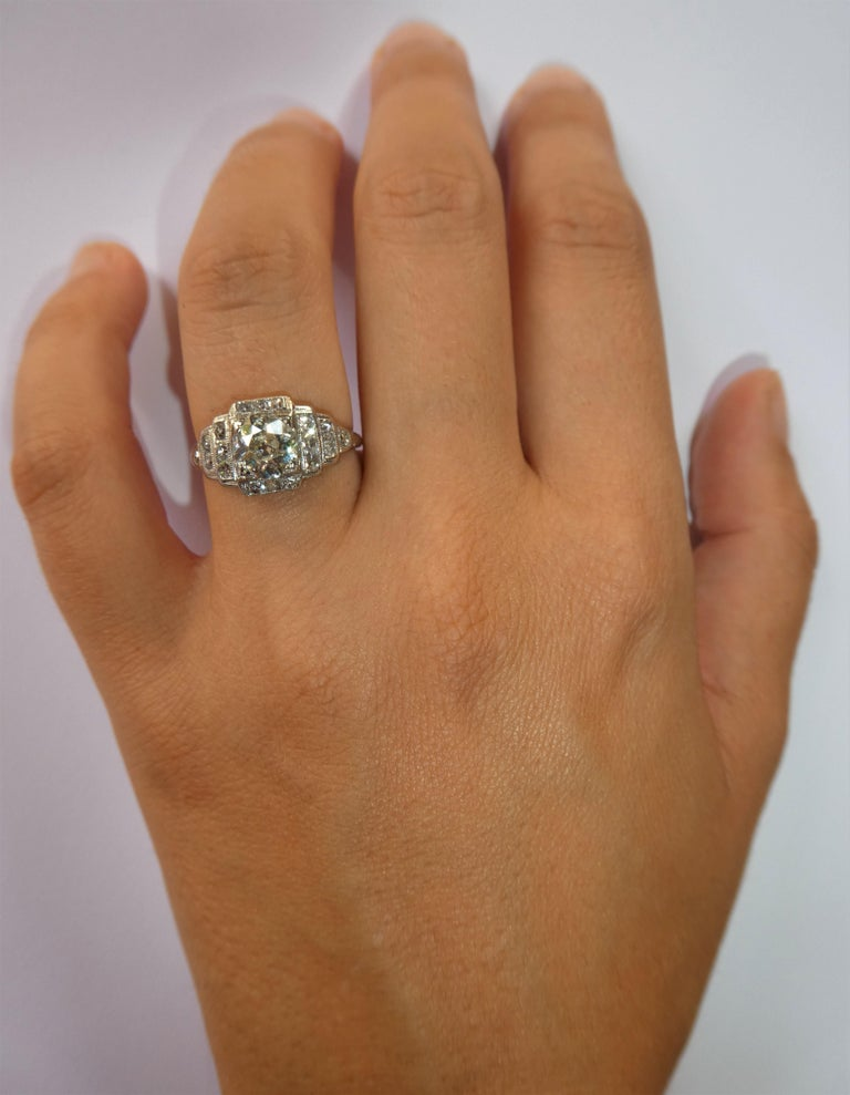Women's EGL Report Old European Cut 1.04 Carat Diamond Art Deco Platinum Engagement Ring For Sale