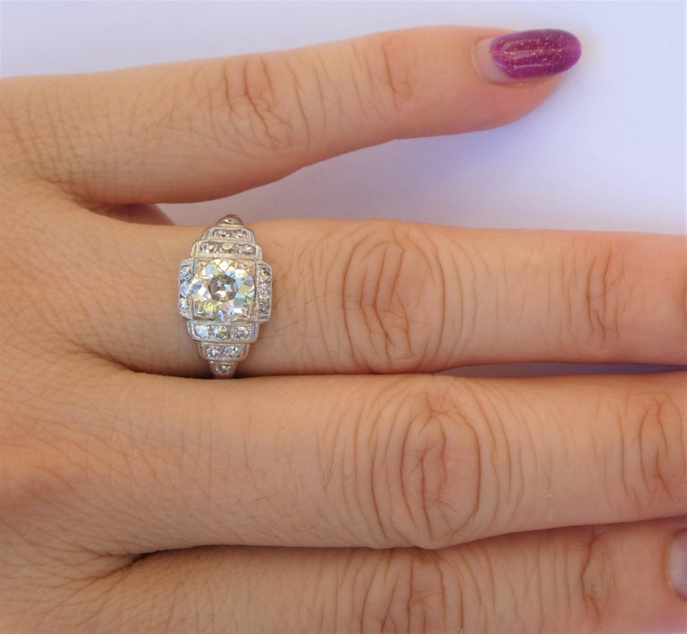 EGL Report Old European Cut 1.04 Carat Diamond Art Deco Platinum Engagement Ring For Sale 2