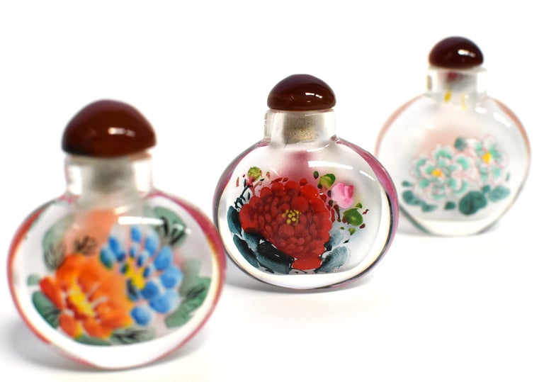 Contemporary Églomisé Reverse Painted Snuff Bottles Set of Three Peonies For Sale