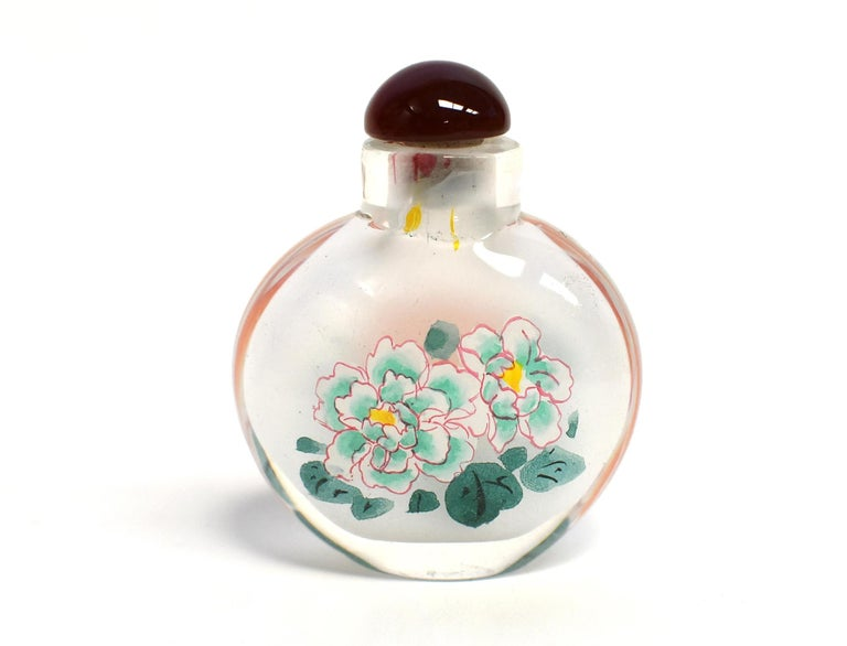 Églomisé Reverse Painted Snuff Bottles Set of Three Peonies For Sale 1