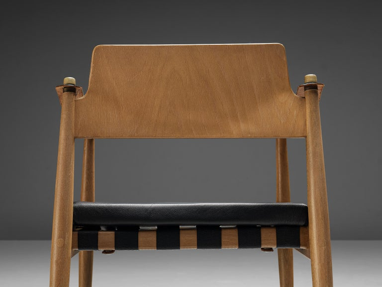 Egon Eiermann for Wilde + Spieth Armchairs in Beech and Leather In Good Condition For Sale In Waalwijk, NL