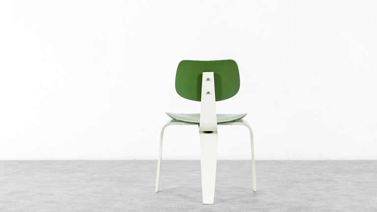 Egon Eiermann, Plywood Chair SE 42, Germany 1955 Early Edition Wilde & Spieth For Sale 1