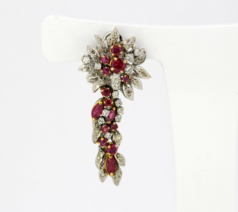 Egyptian 18 Karat White Gold Ladies Clip-On Earrings with Diamonds and Rubies In Excellent Condition For Sale In Braintree, GB