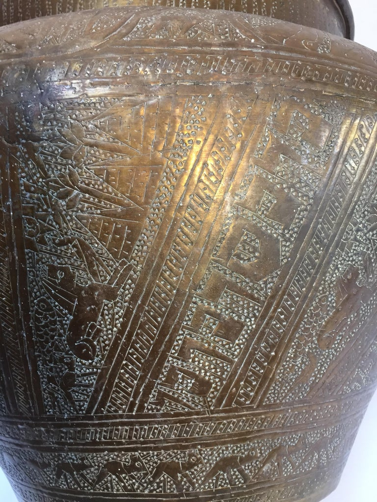 Middle Eastern Egyptian Hebraique Revival Hand Etched Brass Pot Jardiniere For Sale 5