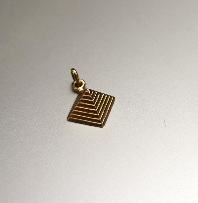 Pyramid Yellow Gold 18k Charm. Egyptian Revival.  Total height: 0.79 inch (2.00 centimeters) including bail.