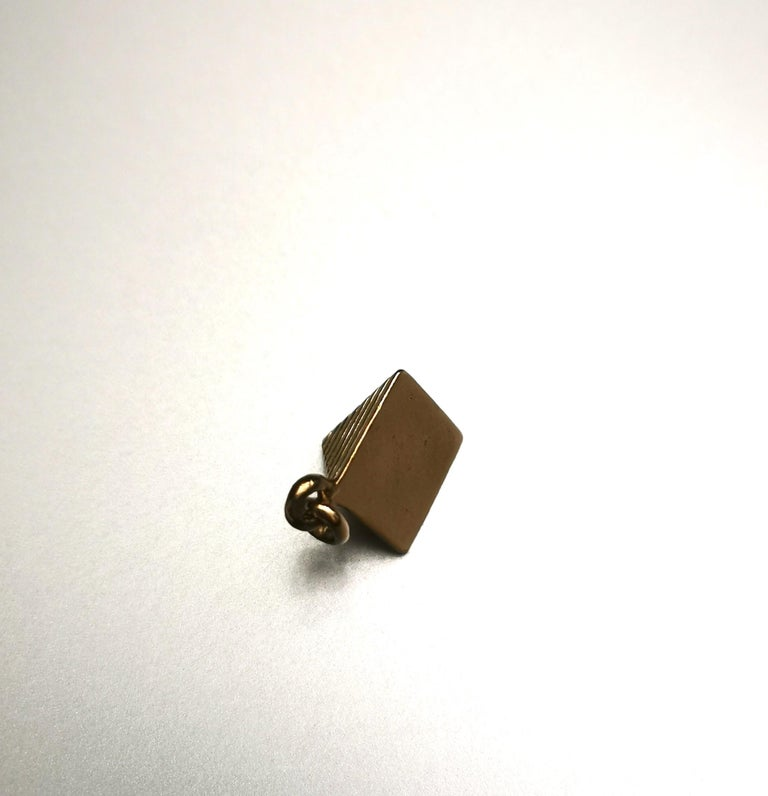 Women's or Men's Egyptian Revival Pyramid Yellow Gold 18 Karat Charm For Sale