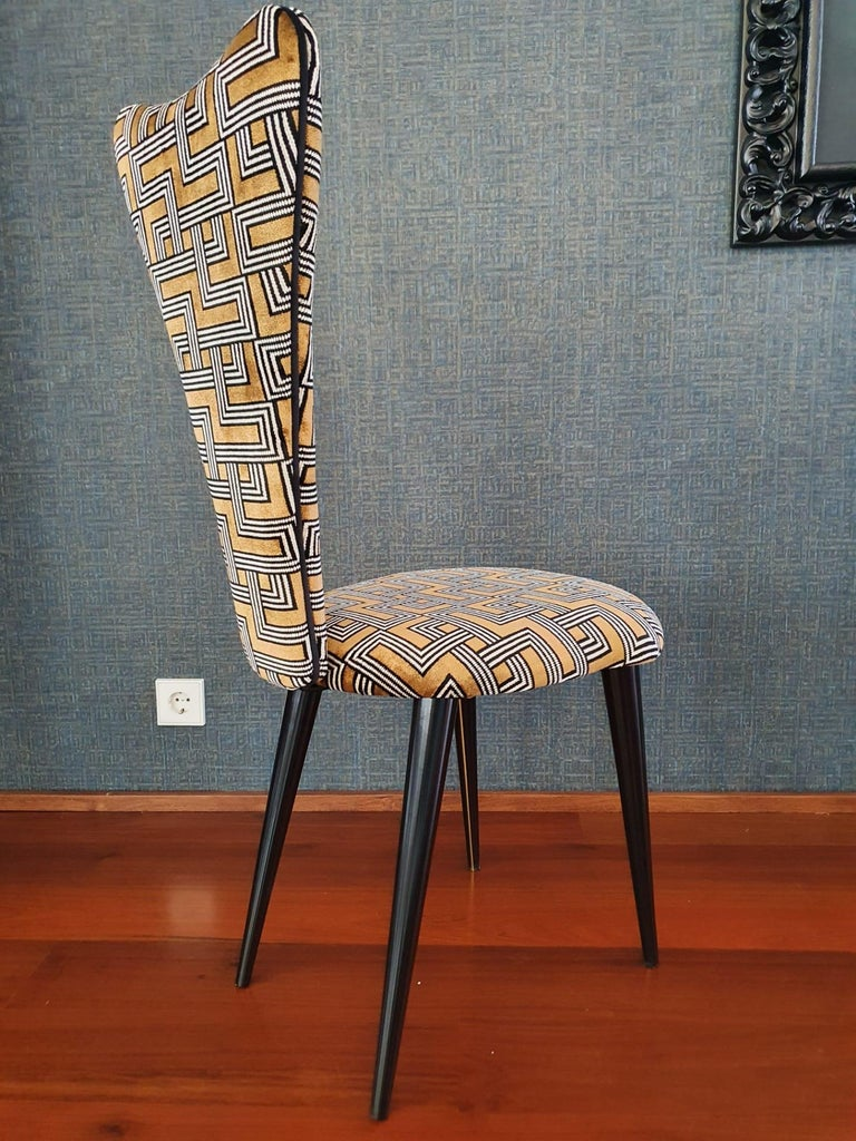 Fabric Eight '8' Mid-Century Modern Black Lacquered Legs by Umberto Mascagni, 1950s For Sale