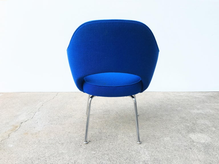 American Eight Blue Eero Saarinen for Knoll Executive Chairs For Sale
