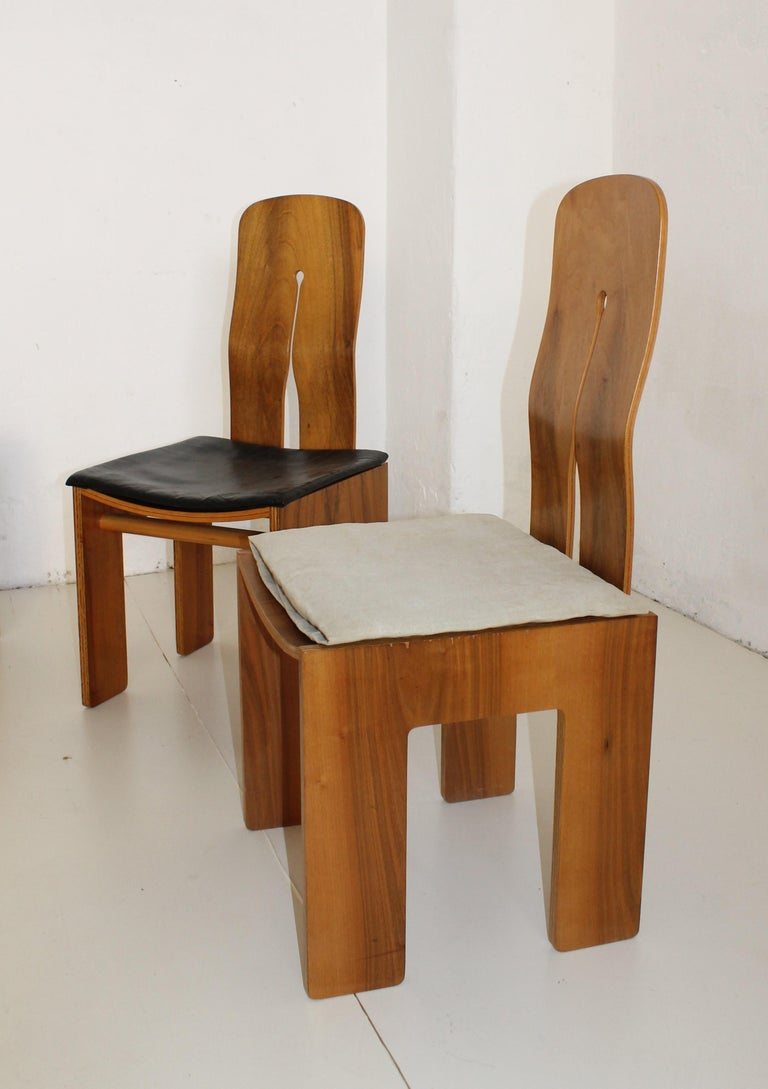 Mid-Century Carlo Scarpa Natural Walnut Italian Chairs Mod 1934-765 Bernini 1977 In Good Condition For Sale In Sacile, PN