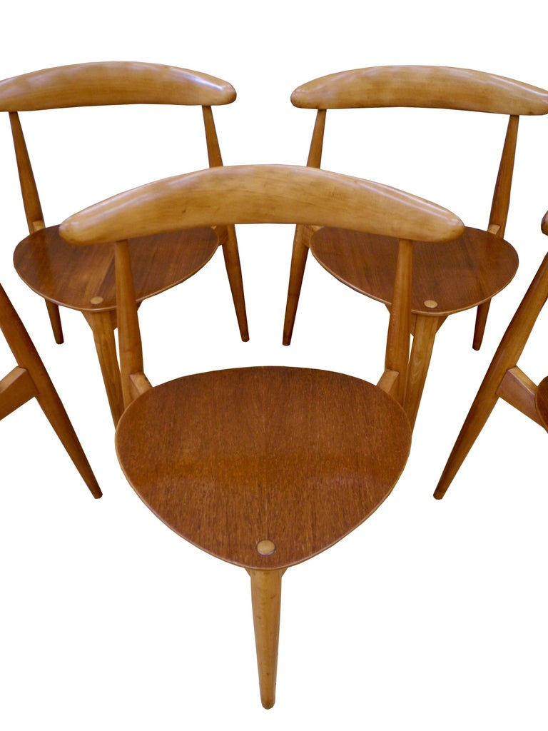 20th Century Eight Danish Modern Heart Chairs in Teak and Beech by Hans Wegner For Sale