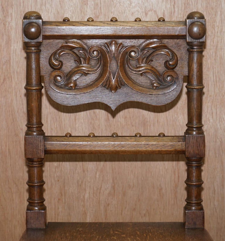 Eight Hand Carved Walnut Gothic Revival Dining Chairs circa 1840 Stunning Frames For Sale 14