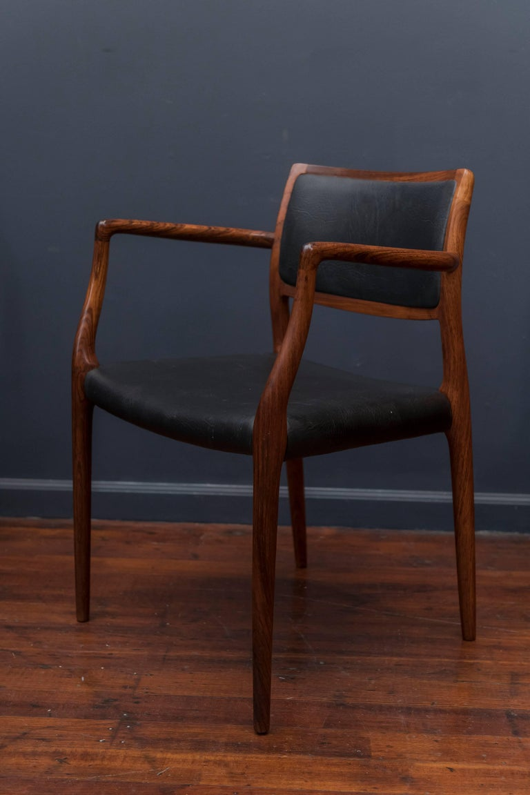 Late 20th Century Eight Niels O. Møller Model 80 and 77 Rosewood Dining Chairs For Sale