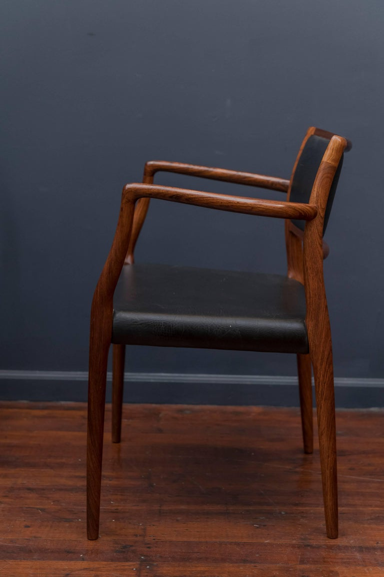 Eight Niels O. Møller Model 80 and 77 Rosewood Dining Chairs For Sale 1