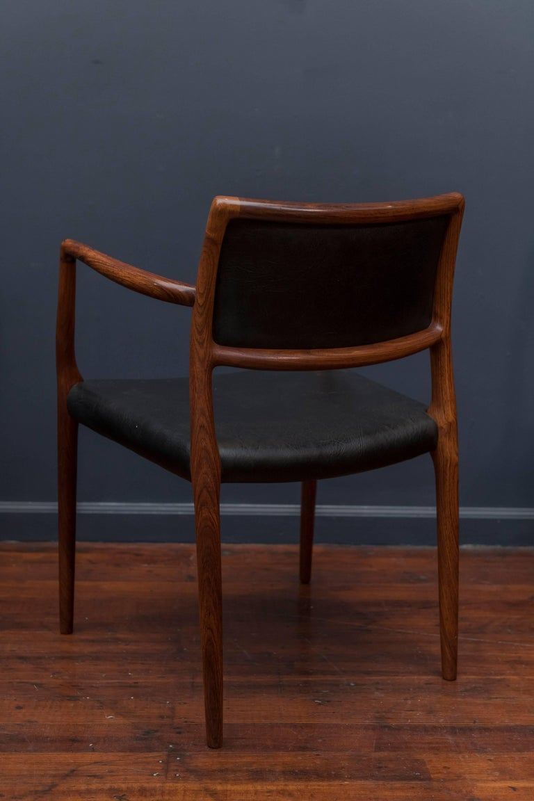 Eight Niels O. Møller Model 80 and 77 Rosewood Dining Chairs For Sale 2