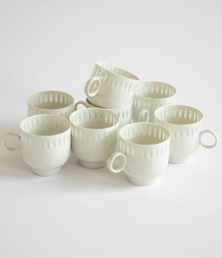 Finnish Eight Scandinavian Modern Mocha Cups by Friedl Holzer-Kjellberg for Arabia For Sale