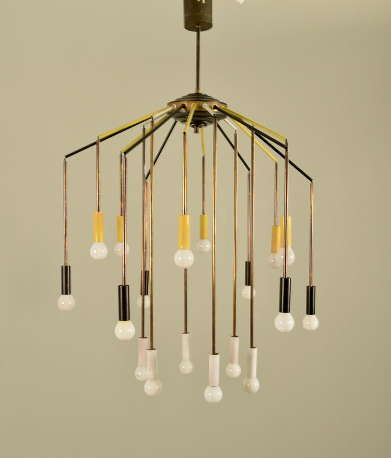Eighteen Arms Chandelier by Bruno Gatta for Stilnovo, Italy, 1950s In Good Condition For Sale In Rovereta, SM