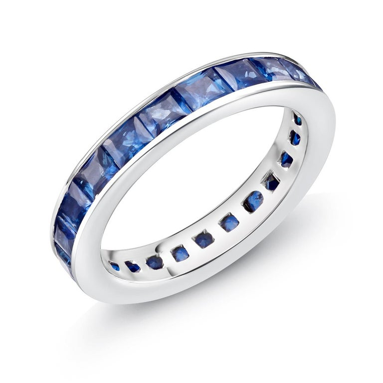 18 Karat Gold Princess Sapphire Eternity Band Ring Weighing 4.60 Carat In New Condition For Sale In New York, NY