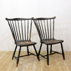 18th Century American Comb Back Windsor Side Chairs, New England, Rhode