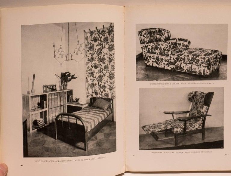 Einzelmöbel und Neuzeitliche Raumkunst Book In Good Condition For Sale In New York, NY