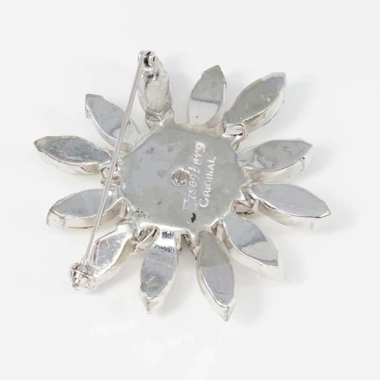 Eisenberg Original Crystal Flower Star Pin Brooch in Silver, 1940s In Good Condition For Sale In Milford, DE