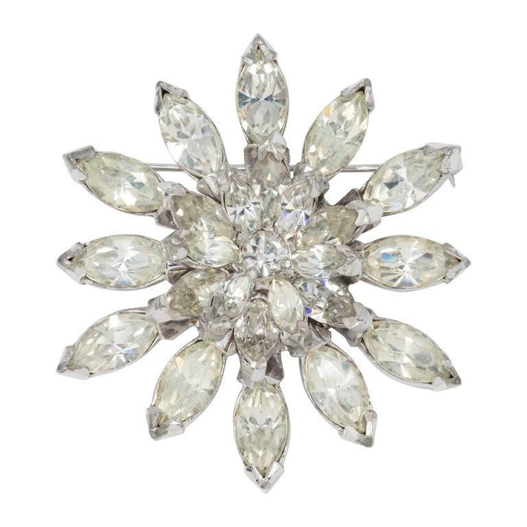 Eisenberg Original Crystal Flower Star Pin Brooch in Silver, 1940s For Sale