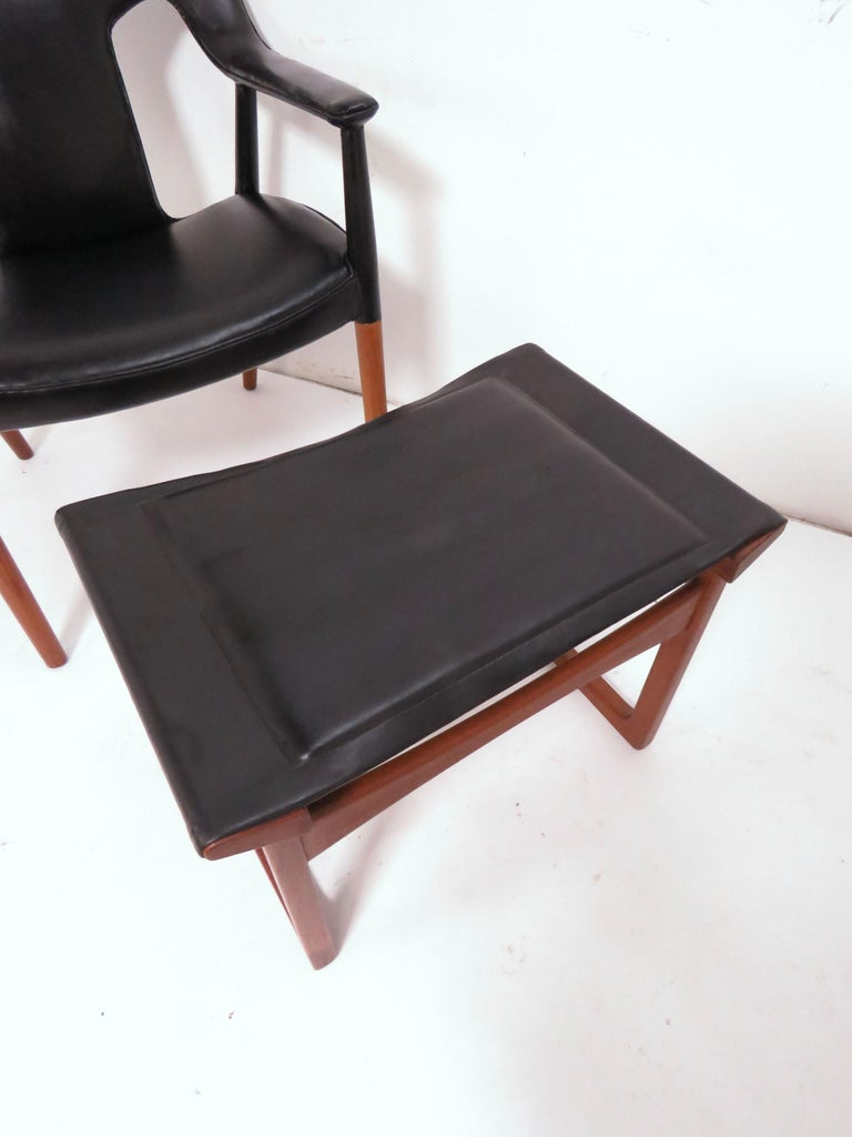 Ejner Larsen and A. Bender Madsen Danish Teak Lounge Chair and Ottoman Set For Sale 9