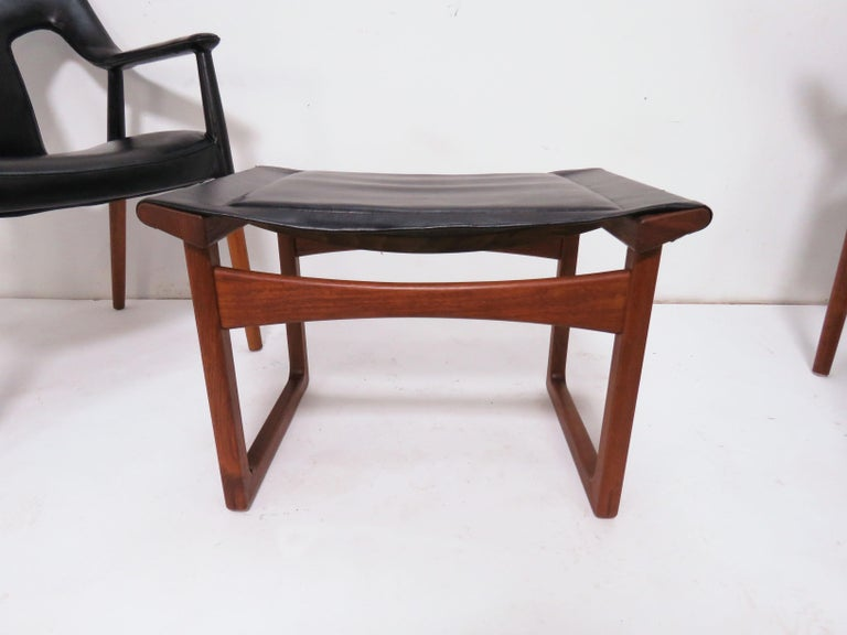 Ejner Larsen and A. Bender Madsen Danish Teak Lounge Chair and Ottoman Set For Sale 10