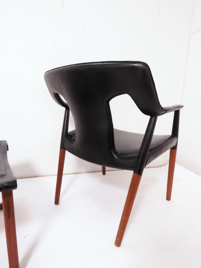 Upholstery Ejner Larsen and A. Bender Madsen Danish Teak Lounge Chair and Ottoman Set For Sale