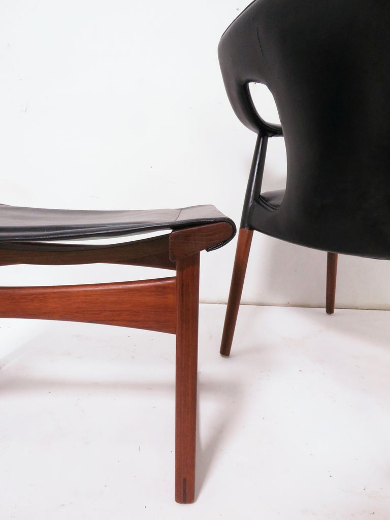 Ejner Larsen and A. Bender Madsen Danish Teak Lounge Chair and Ottoman Set For Sale 3